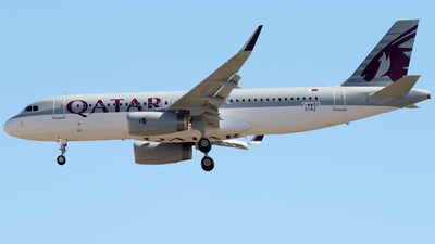 F-WWBG - Airbus A320-232 - Qatar Airways