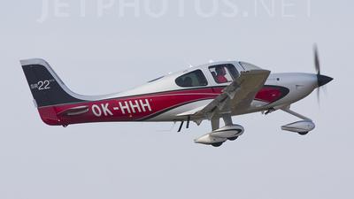 A picture of OKHHH - Cirrus SR22GTS - [3893] - © Marc Ulm