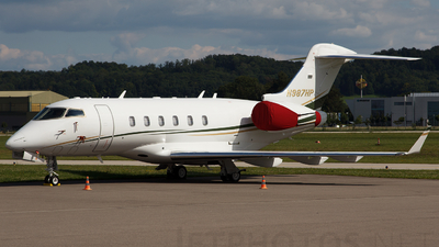 N987HP - Bombardier BD-100-1A10 Challenger 300 - Private
