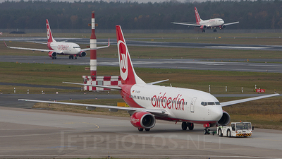 D-AGEN - Boeing 737-75B - Air Berlin (Germania)
