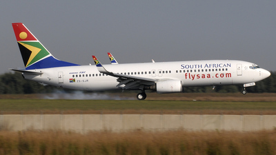 ZS-SJR - Boeing 737-844 - South African Airways