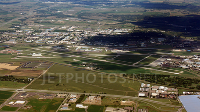 KFSD - Airport - Airport Overview