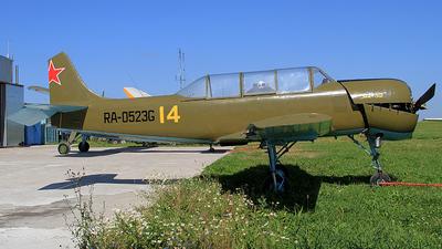 RA-0523G - Yakovlev Yak-52 - Private