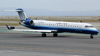 N776SK - Bombardier CRJ-701 - United Express (SkyWest Airlines)