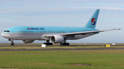 HL7765 - Boeing 777-2B5(ER) - Korean Air