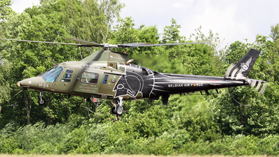 H24 - Agusta A109BA - Belgium - Air Force