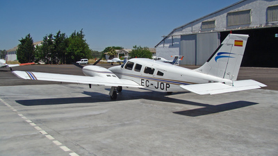 EC-JOP - Piper PA-34-220 Seneca III - Flight Training Europe