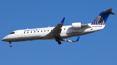 N932SW - Bombardier CRJ-200ER - United Express (SkyWest Airlines)