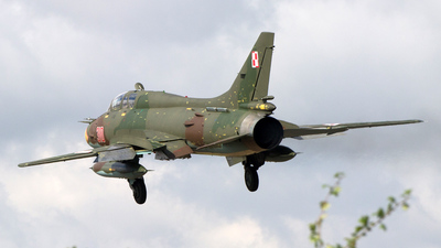 310 - Sukhoi Su-22UM3K Fitter G - Poland - Air Force