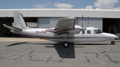 ZS-PXR - Rockwell 690A Turbo Commander - Private