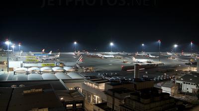 LOWW - Airport - Ramp