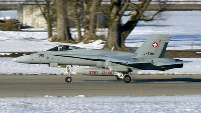 J-5015 - McDonnell Douglas F/A-18C Hornet - Switzerland - Air Force