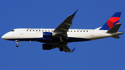 N958WH - Embraer 170-200LR - Delta Connection (Shuttle America)