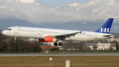 OY-KBL - Airbus A321-232 - Scandinavian Airlines (SAS)