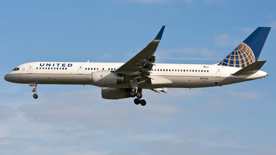 N17122 - Boeing 757-224 - United Airlines (Continental Airlines)