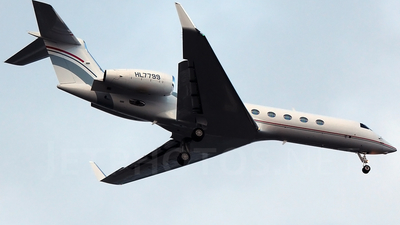 HL7799 - Gulfstream G550 - Private
