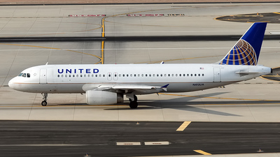N412UA - Airbus A320-232 - United Airlines