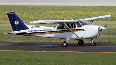 A picture of VHSYX - Cessna 172R Skyhawk - [17280337] - © Brenden