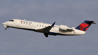N8672A - Bombardier CRJ-200ER - Delta Connection (Pinnacle Airlines)