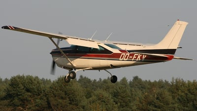 OO-FKV - Cessna TR182 Turbo Skylane RG - Private