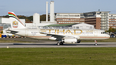 A6-EIU - Airbus A320-232 - Etihad Airways
