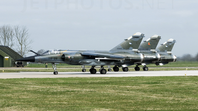 606 - Dassault Mirage F1CR - France - Air Force