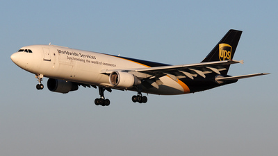 N135UP - Airbus A300F4-622R - United Parcel Service (UPS)