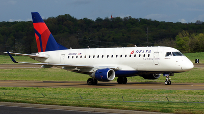 N869RW - Embraer 170-100SE - Delta Connection (Shuttle America)