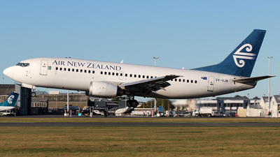 ZK-SJB - Boeing 737-33R - Air New Zealand