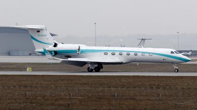 A picture of DASAF - Gulfstream Aerospace GVSP (G550) - [5302] - © Dominik Burger