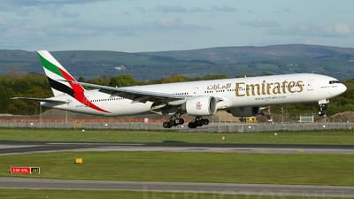 A6-ECY - Boeing 777-31HER - Emirates