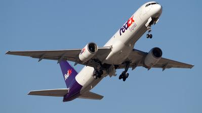 N940FD - Boeing 757-236(SF) - FedEx