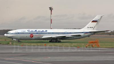 RA-86104 - Ilyushin IL-86 - S7 Airlines