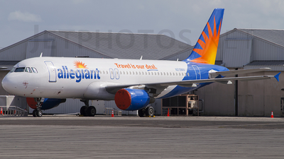 N219NV - Airbus A320-214 - Allegiant Air