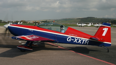 G-XXTR - Extra EA 300L - Private
