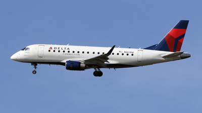 N867RW - Embraer 170-100SE - Delta Connection (Shuttle America)