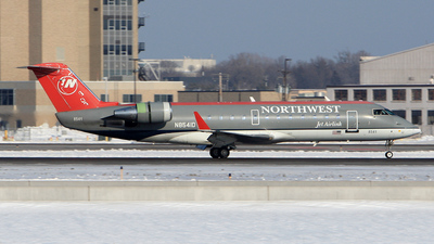 N8541D - Bombardier CRJ-200ER - Northwest Jet Airlink (Pinnacle Airlines)