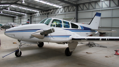 VH-ISA - Beechcraft 95-A55 Baron - Private