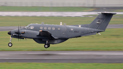 95-0090 - Beechcraft RC-12P Huron - United States - US Army
