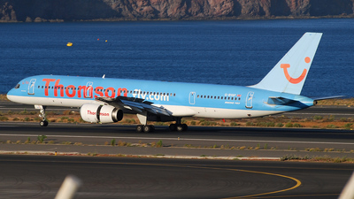 G-BYAP - Boeing 757-204 - Thomson Airways