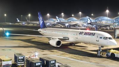 P4-MAS - Boeing 757-2Q8 - Air Astana
