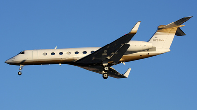 N725MM - Gulfstream G550 - Private