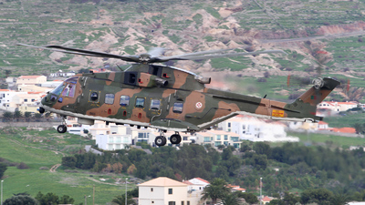 19611 - Agusta-Westland EH-101 Merlin Mk.516 - Portugal - Air Force