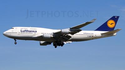 D-ABVF - Boeing 747-430 - Lufthansa
