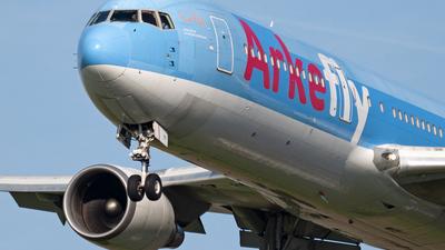PH-OYI - Boeing 767-304(ER) - ArkeFly