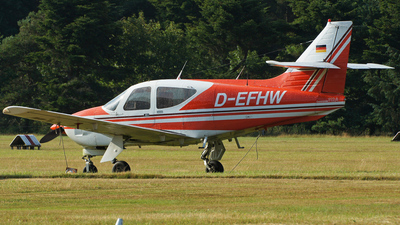 A picture of DEFHW - Rockwell Commander 112A - [402] - © Marius Hoepner