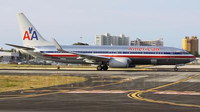 N883NN - Boeing 737-823 - American Airlines