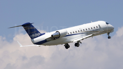 N895CL - Bombardier CL-600-2B19 Challenger 850 - Averitt Air