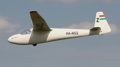 HA-4022 - Schleicher Ka-6CR - Private