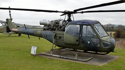 XP910 - Westland Scout AH1 - Museum of Army Flying